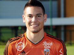 Lorient vice-president Alex Hayes reportedly confirms that Liverpool and Borussia Dortmund, as well as two more unnamed clubs, have submitted bids for Raphael Guerreiro.
