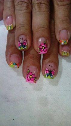 Nails design spring french tips art tutorials 59 ideas Spring Nail Art, Nail Designs Spring, Nail Art Designs, Nails Design, Fancy Nails, Pretty Nails, Butterfly Nail Art, Exotic Nails, Nagel Hacks