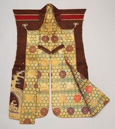 Surcoat (jimbaori), Edo period (1615–1868), 17th century  Japan  Silk, felt, metallic thread, lacquered wood  H. 38 3/8 in. (97.3 cm)  Purchase, Charles and Ellen Baber Gift, 2006 (2006.95)  The Metropolitan Museum of Art