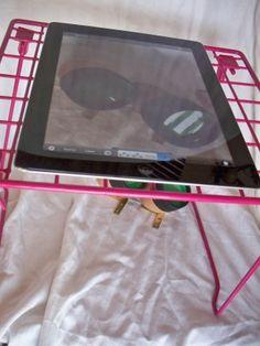 Make Your Own iPad Document Camera School Librarian, School Teacher, Google Classroom, Classroom Ideas, Reading Motivation, Document Camera, Library Organization, Library Skills, 21st Century Learning