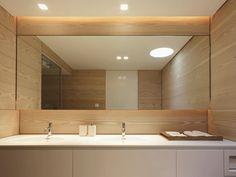 Revestimento de Madeira em Banheiro
