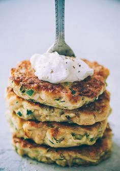 These easy, healthy Gluten-Free Vegan Zucchini Fritters are made with chickpea flour for added nutrition and depth. Packed with the perfect blend of spices, these delightful vegan fritters are beyond DELICIOUS, too! | Gluten Free Zucchini Fritters | Chickpea Flour Fritters | #veganzucchinifritters #glutenfreezucchinifritters Kefir Recipes, Vegan Recipes, Vegan Foods, Vegan Dishes, Gluten Free Zucchini Fritters, Fresh Salsa Recipe, Garbanzo Bean Flour, Vegan Banana Bread, Quick Appetizers