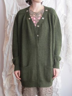 a detacher cardigan
