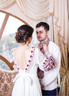 Украинское свадебное платье в национальном стиле купить Wedding Beauty, Wedding Wear, Summer Wedding, Wedding Gowns, Romanian Wedding, Wedding Wishlist, Folk Clothing, Traditional Wedding Dresses, Ukraine