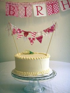 fabric cake bunting. A must for M's birthday cake!!