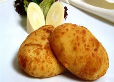 Papas Rellenas, Receta fácil y deliciosa This is the Traditional Chilean Recipe of Stuffed Potatoes, Veggie Recipes, Snack Recipes, Cooking Recipes, Dominican Beans Recipe, Dominican Recipes, Papas Rellenas Recipe, Chilean Recipes, Chilean Food, Papa Recipe