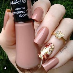 63 Bright Floral Nail Designs You Should Try for Spring 2019 - Ongles 03 Perfect Nails, Gorgeous Nails, Love Nails, Fun Nails, Super Nails, Nail Decorations, Nagel Gel, Trendy Nails, Spring Nails
