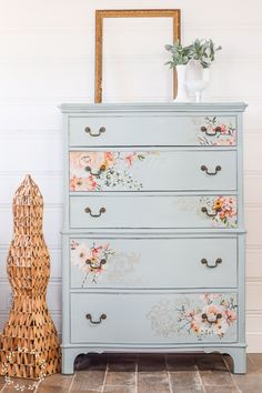 If you're looking for a great light blue paint color for furniture, we've got one! This light blue painted chest of drawers is stunning and will inspire you to paint your own piece! Painted Furniture Colors, Painted Chest, Furniture, Blue Painted Dresser, Paint Dresser Drawers, Diy Chest Of Drawers, Furniture Inspiration, Chest Of Drawers Decor, Painted Drawers