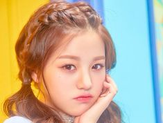 장원영 Iz One little girl dont be mad Cute Korean, Korean Girl, Young Girls Hairstyles, Afro, Asian Eye Makeup, Kpop Hair, Korean Babies, Japanese Girl Group, Grunge Girl
