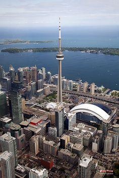 Toronto, Canada I ate up in the space needle. Visit Toronto, Toronto Ontario Canada, Toronto Travel, Downtown Toronto, Toronto Skyline, Toronto City, Ottawa, British Columbia, Quebec