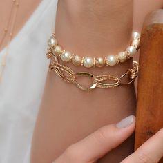 As pulseiras dão charme ao look. 💞✨ Sujeito a disponibilidade de estoque. ⠀⠀⠀⠀ Informações com o comercial ou via direct⠀⠀⠀⠀⠀ Vitesse Semi… Look, Cool Designs, Jewellery, Watches, Bracelets, Beautiful, Polka Dot, Bijoux, Jewels