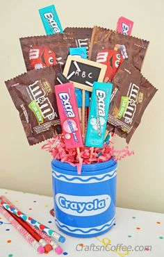 Teacher Appreciation Week Gift Idea: DIY a $5 Candy Bouquet. Super easy…