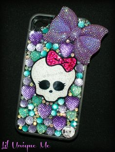 #cute #iphone4 #iphone4case #bling 'purple #bow #kawaii #phonecase #love BUY YOURS ONLY £30 http://www.liluniqueme.co.uk/#!product/prd1/1431339051/skull-iphone-4-4s