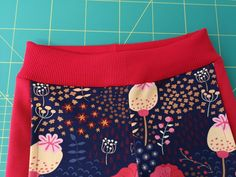 Fotonávod na tepláky Stripe :-) | Fazonetka Gym Shorts Womens, Baby, Ideas, Fashion, Dressmaking, Moda, Fashion Styles, Baby Humor, Fashion Illustrations