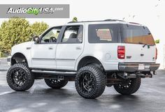 1998 Ford Expedition RBP Wheels Glock Gloss Black Milled Accents with Lift Kit Suspension for Off-Road New Trucks, Ford Trucks, Lifted Ford Explorer, Ford Mustang Wallpaper, Explorer Sport, Ford Excursion, Ford Parts, Ford 4x4, Ford Expedition
