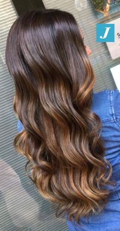 Natural Shades _ Degradé Joelle #cdj #degradejoelle #tagliopuntearia #degradé #igers #musthave #hair #hairstyle #haircolour #longhair #ootd #hairfashion #madeinitaly #wellastudionyc
