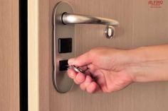 ΠΟΡΤΕΣ ΑΣΦΑΛΕΙΑΣ ΣΑΡΩΝΙΔΑ ΚΛΕΙΔΑΡΙΕΣ ΑΣΦΑΛΕΙΑΣ ΣΑΡΩΝΙΔΑ Αν οι πόρτες ασφαλείας και οι κλειδαριές ασφαλείας είναι αυτό που ψάχνετε, τώρα ήρθε η ώρα να βάλετε μια τελεία καθώς βρήκατε την σωστή απάντηση στις αναζητήσεις σας. Η εταιρεία Alfino Door δραστηριοποιείται στον χώρο αυτό για περισσότερα από 30 χρόνια στην σειρά στην περιοχή της Σαρωνίδας αλλά και …