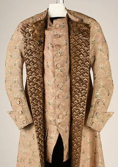 Banyan (image 3) | French | 1760 | silk, linen | Metropolitan Museum of Art | Accession Number: 1976.149.1