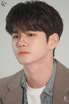 Character Design Tips, Ong Seung Woo, Hd Love, Learning To Love Yourself, Seong, Ji Sung, Esquire, Kpop Boy, Korean Actors