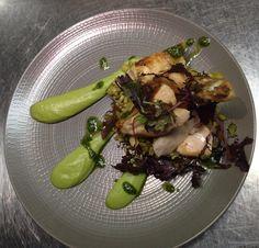 #Volaille fermière/mousseline brocoli basilic/courgette bio #bistrot #foodporn  La bulle, restaurant Paris Xe