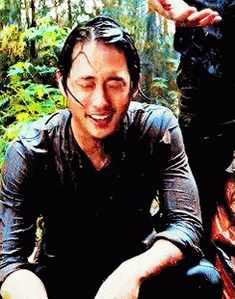 The perfect GlennRhee TheWalkingDead TWD Animated GIF for your conversation. Discover and Share the best GIFs on Tenor. Twd Glenn, Glenn Y Maggie, Glenn Rhee, Walking Dead Show, Walking Dead Zombies, Steven Yuen, Film World, Movie Gifs, I Miss Him