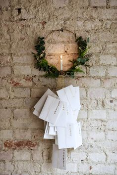 DIY advent calendar: the 11 most beautiful ideas to make yourself - sisterMAG - Inspirational calendar Instead of many small gifts, this calendar of fun-loving people has a lot of - Diy Christmas Garland, Noel Christmas, Christmas Decorations, Xmas, Diy Advent Calendar, Kids Calendar, Calendar Ideas, Printable Christmas Cards, Christmas Greeting Cards