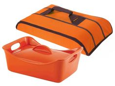 Rachael Ray 2 pc Baker and Stow Away Carrier Set
