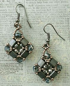 Linda's Crafty Inspirations: Layered Tila Earrings - links to patterns ~ Seed Bead Tutorials