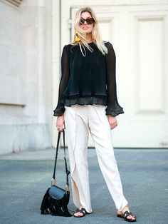 The Paris Way: Fashion Week Street Style Day 8 Paris Fashion Week 2016, Spring Summer, Spring Style, French Girl Style, Street Style Looks, Street Chic, Paris Street, Mode Style, Work Fashion