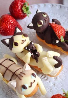Cat eclairs celebrating Japanese Cat Day are too adorable to eat Japanese Cat, Eclairs, Cat Day, Waffles, Pudding, Madness, Eclair, Waffle
