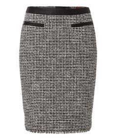 #OlsenEurope Tweed & Leather skirt to pair with everything #SusieWall finds during my #OakridgeStyleHeist @Oakridge Centre