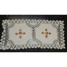 Camino De Mesa Con Flores De Cinta Y Crochet-abasto - $ 60,00 en MercadoLibre