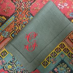 Gianna Signature Colour monogrammed linen napkins. bellalino.com