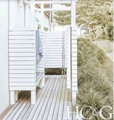Outdoor Pool Bathroom, Pool House Bathroom, Outdoor Shower Enclosure, Outdoor Toilet, Outdoor Spaces, Outdoor Living, Outdoor Decor, Outside Showers, Country Farmhouse Decor
