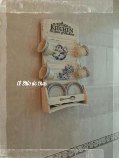 El sitio de Chus: Cenicienta: De tabla de lavar a platero Repurposed Items, Recycled Furniture, Vintage Shabby Chic, Country Decor, Shadow Box, Painting On Wood, Stencils, Projects To Try, Diy Crafts