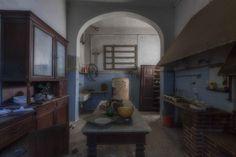 Dal lusso alle macerie: le ville abbandonate d'Italia