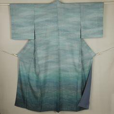 Blue and silver gradation, silk houmongi kimono /【訪問着】特選品/リサイクル着物/青系×銀グラデーション柄