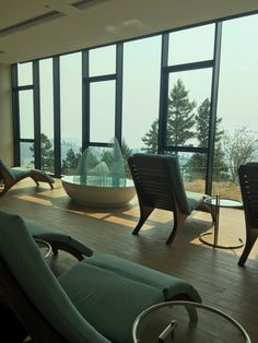Sparkling Hill Resort Review — petite jilly Hills Resort, Mini Vacation, Spa Treatments, Relax, Sparkle, Beautiful