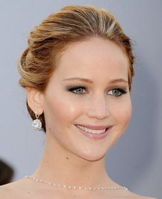 Jennifer Lawrences Simple Updo Hairstyle