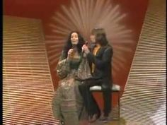 Glen Campbell & Cher - Southern Nights, Country Boy & Don't Pull Your Love Greatest Country Songs, Marilyn Monroe Gif, Southern Nights, Cher Bono, Glen Campbell, Carol Burnett, Music Albums, Country Boys, Singers