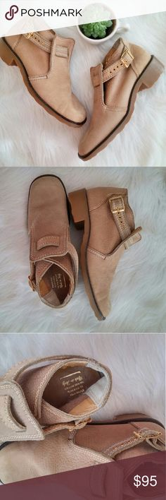 Italian Leather Gold Buckle Booties 8 Gorgeous ankle booties! Gently worn - great condition! Not sure of brand but these are quality shoes! Made in Italy. Leather uppers. Lovely neutral color that Make a great all year round shoe!!  Bundle for best deals! Hundreds of items available for discounted bundles! Bundle offers welcome.   Follow on IG: @the.junk.drawer Shoes Ankle Boots & Booties