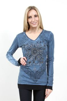 Vocal> T-Shirts> 8714L-Teal V-NECK LS TOP W/ SLEEVE/BOTTOM CONTRAST AND PRINT/STONES DETAILS usfashionstreet.com