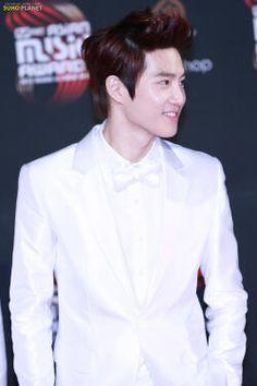 handsome leader suho.