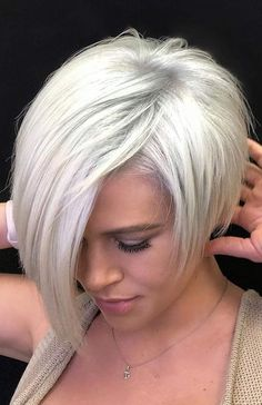 34 Latest Long Pixie Cuts You'll Love for Summer 2019 Short Pixie Cuts - Kurzhaarfrisuren Long Pixie Cuts, Short Hair Cuts, Short Hair Styles, Short Bob Cuts, Short Bobs, Pixie Bob Haircut, Short Bob Haircuts, Short Brown Hair, Very Short Hair