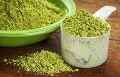 alignyo yoga lifestyle news: A new superfood to love, Moringa leaf. Healthy benefits of moringa powder. Moringa Smoothie Recipe, Smoothie Recipes, Best Greens Supplement, Moringa Leaves, Superfoods, Super Greens Powder, What Is Green, Moringa Oleifera, Natural Treatments