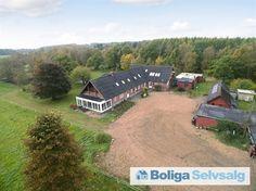 Centralt og skønt beliggende jagt-/naturejendom på 21 ha Hjøllundvej 27, Arnborg, 7400 Herning - Landejendom #landejendom #herning #selvsalg #boligsalg #boligdk