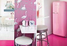 vintage toques de rosa y fucsia Tendencias en decoración e interiores syveren sofa blanco rosa lampara de cristal rosa femenino estilo moderno estilo femenino estilo escandinavo diseño de interiores Decoración de interiores blanco arne jacobsen apartamento para chicas