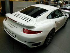 #Porsche #911 #TurboS #salon #PorschePoznań #PL #Poznan