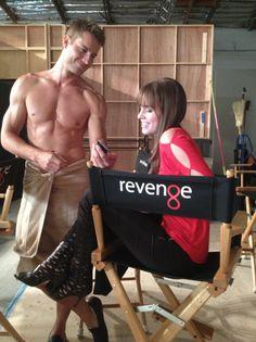 Revenge Season Justin Hartley (Patrick) and Christa B. Revenge Season 3, Revenge Cast, Christa B Allen, Justin Hartley, Sr1, Naruto Cute, Hot Hunks, Great Tv Shows, Actor