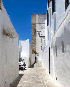 white-washed walls of vejer de la frontera, spain.